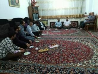 دیدارجمعی از نمازگزاران مسجد باخانواده محترم شهید محمدرضا نجفی